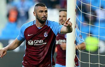 Burak Yılmaz Galatasaray'daki gollerini aştı