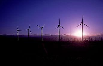Özbekistan'ın en büyük rüzgar santrali Türk şirkete emanet