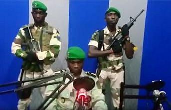 Gabon'da 51 yıllık Bongo yönetimine darbe girişimi