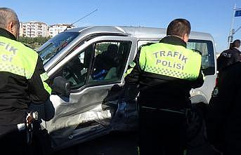 Silivri'de trafik kazası: 2 yaralı