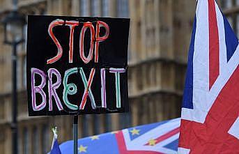Brexit'i iptal dilekçesine 2 milyon 500 bin imza