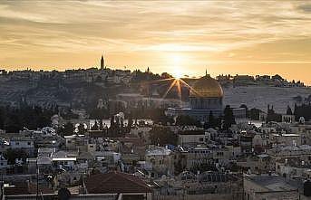 Filistin'de El Halil sakinleri diken üstünde