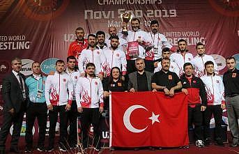 Milli güreşçilerden Sırbistan'da 18 madalya