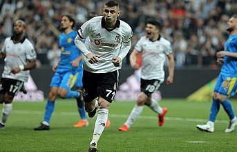 Beşiktaş, şampiyonluk için yılmadı