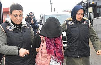 DEAŞ'lı kadın teröristi PKK'lılar sınıra ulaştırmış