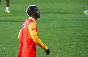 Galatasaraylı futbolcu Onyekuru sıtmaya yakalandı