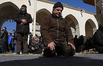 Türkiye'nin restore ettiği Bab Ulu Camisi'nde ilk cuma namazı
