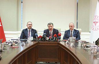3 Bakandan corona virüs açıklaması: Türkiye'de vaka sayısı 5'e yükseldi