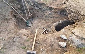Kırklareli'nde kaçak kazı yapan 14 şüpheli suçüstü yakalandı