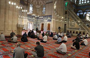 Selimiye Camisi'nde din görevlileri için Kovid-19 bilgilendirme toplantısı düzenlendi