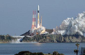 Japonya yüksek hız kapasiteli iletişim uyduları fırlattı