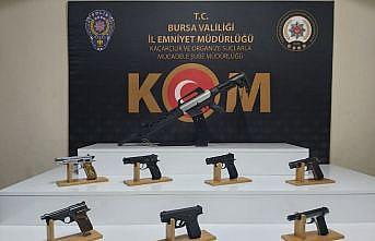 Bursa ve Ankara'da suç örgütüne yönelik operasyonda yakalanan 13 şüpheli tutuklandı