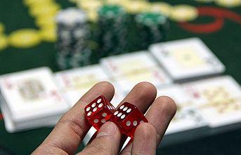 Kocaeli'de iş yerinde kumar oynayan 27 kişiye ceza