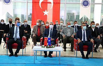 """Tekirdağ'da """"TBMM'nin 100. yılında Milli Egemenlik ve Demokrasi"""" sempozyumu düzenlendi"""
