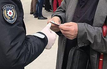 Kocaeli'de Kovid-19 tedbirlerine uymayan 207 kişiye para cezası