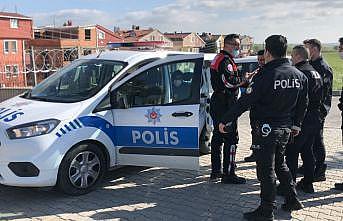 Tekirdağ'da hırsızlık şüphelileri polis ekiplerince tarlada yakalandı