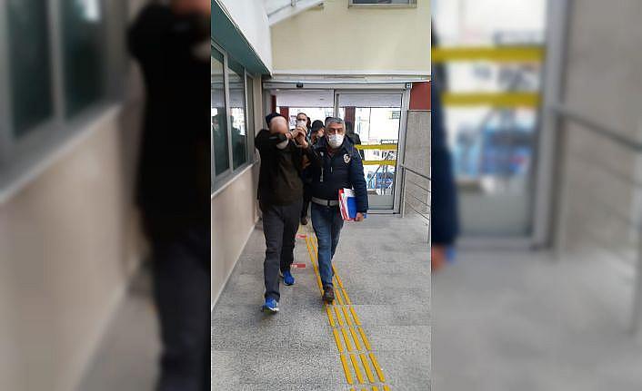 Kocaeli'de hırsızlık yaptıkları iddiasıyla yakalanan 6 şüpheliden 4'ü tutuklandı