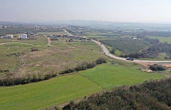 Bursa Büyükşehir Belediyesi eski maden sahalarını hafriyat malzemesiyle doldurup ağaçlandırıyor