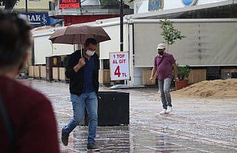 Edirne'de sağanak aralıklarla etkili oluyor