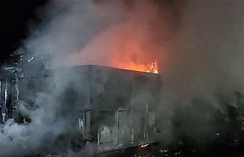 Bursa'da geri dönüşüm tesisinde çıkan yangın söndürüldü