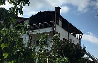 Kocaeli'de villada çıkan yangın söndürüldü