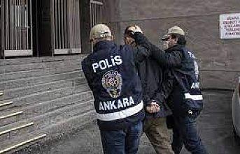 Yunanistan'a kaçmaya hazırlanırken yakalanan 3 FETÖ şüphelisinden 2'si tutuklandı