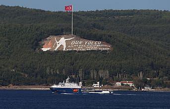 Rus Donanmasına ait tanker Çanakkale Boğazı'ndan geçti