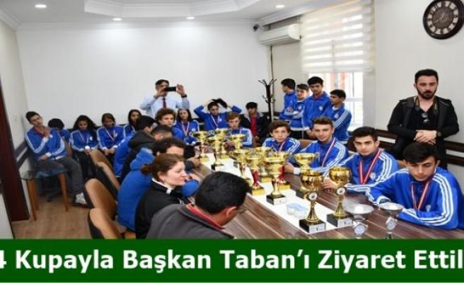 14 Kupayla Başkan Taban'ı Ziyaret Ettiler