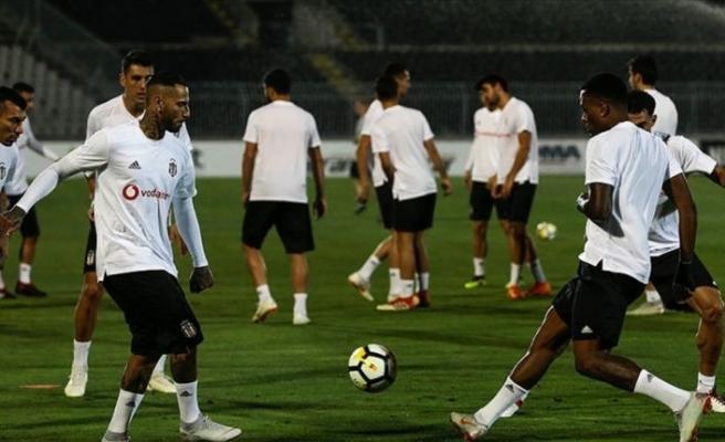 Beşiktaş 3'te 3 peşinde