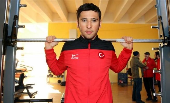 Türk atletten şampiyona rekoru