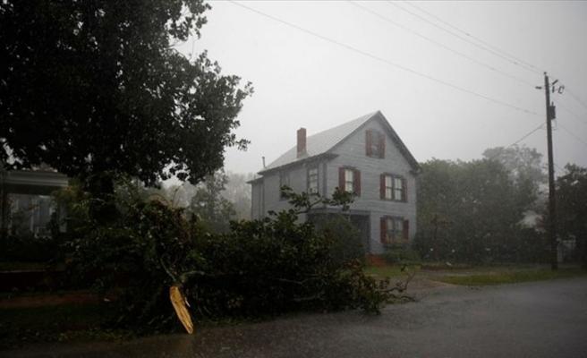 Florence kasırgasının vurduğu Kuzey Carolina felaket bölgesi ilan edildi
