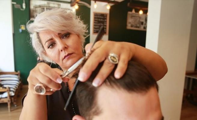 Saç sakala 'Yunan gelin' dokunuşu