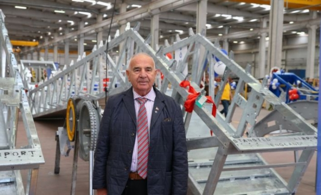 İzmir'den Almanya'ya yürüyen merdiven ihracatı