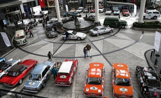 Klasik araçların 'Cumhuriyet Rallisi