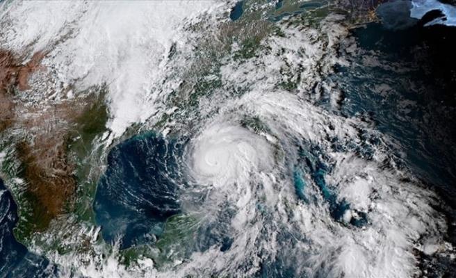 Michael Kasırgası ABD'yi vurmaya başladı