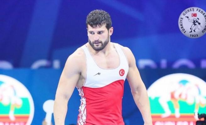 Milli güreşçi Metehan Başar finale çıktı