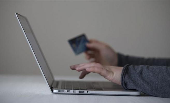 Türkiye'de e-ticaretin büyüklüğü 50 milyar TL'ye koşuyor