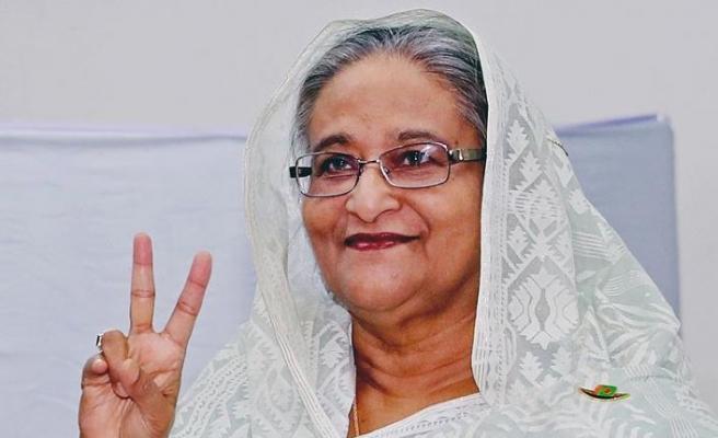 Bangladeş'te seçimleri üçüncü kez Şeyh Hasina kazandı