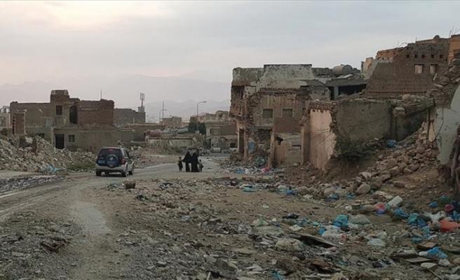 Kuşatma altındaki Taiz'de hayat zor şartlar altında devam ediyor