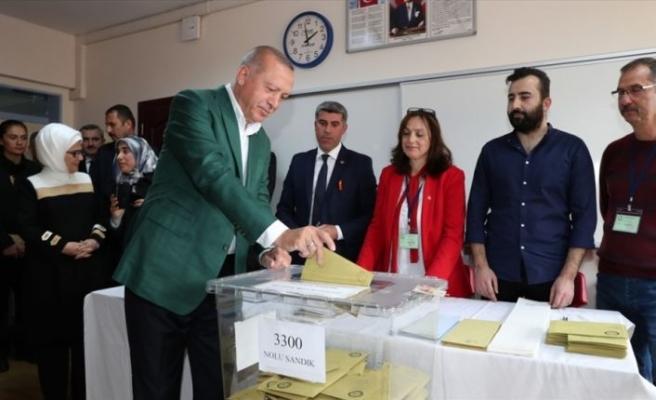 Cumhurbaşkanı Erdoğan oyunu İstanbul'da kullandı
