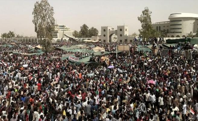 Sudan İstihbarat Başkanı Salah Kuş istifa etti