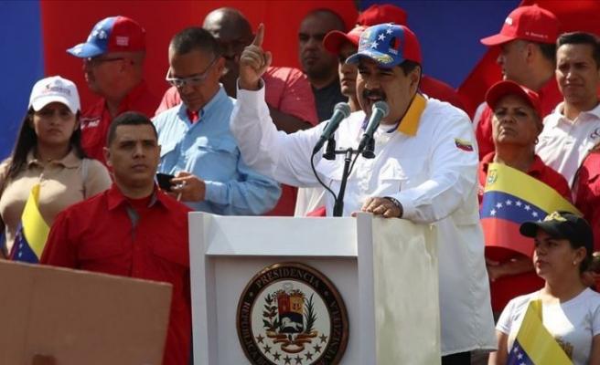 Venezuela'da Maduro destekçileri de 6 Nisan'da sokakta