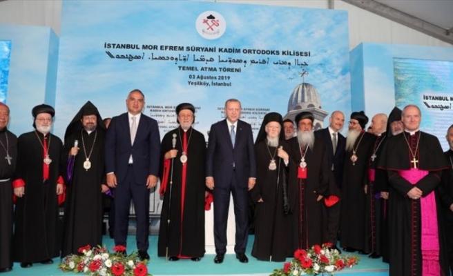 'Kilisenin temel atma töreni Yunanistan'a örnek olmalı'