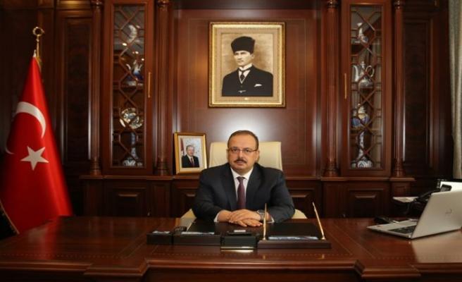 """BURSA VALİSİ YAKUP CANBOLAT'IN  """"10 OCAK ÇALIŞAN GAZETECİLER GÜNÜ"""" MESAJI"""