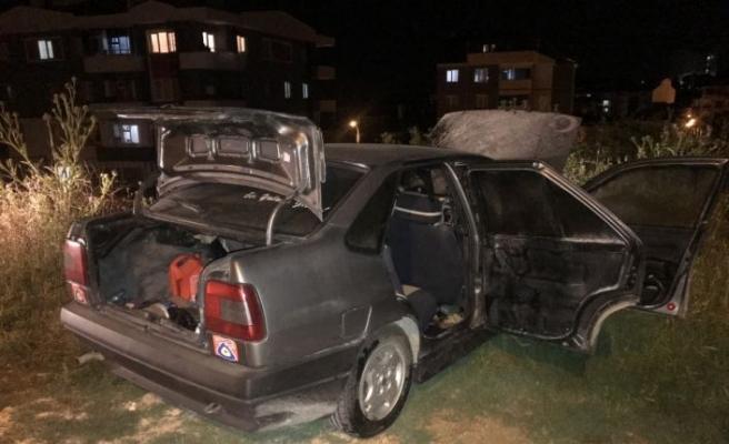 Bilecik'te park halindeyken yanan araçta hasar oluştu
