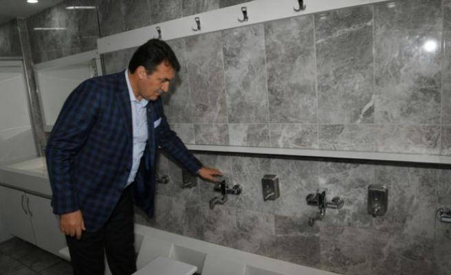 Bursa'da camilerin abdesthane, şadırvan ve tuvaletleri açıldı