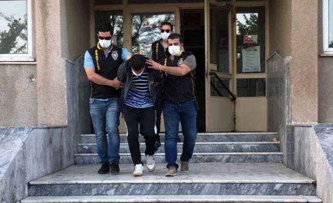 Tekirdağ'da polis, güvenlik kameralarını inceleyerek kapkaç zanlısını yakaladı