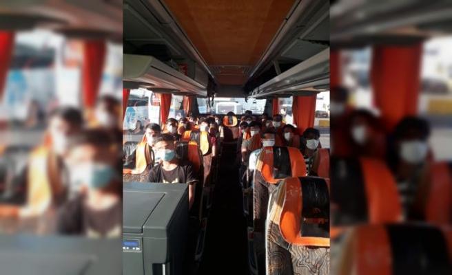 Sakarya'da otobüste 21 düzensiz göçmen yakalandı