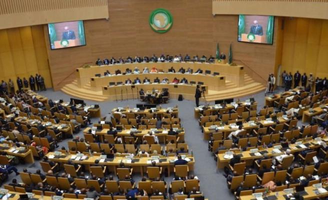 Afrika Birliği, Libyalı tarafları ateşkes anlaşmasına saygı duymaya çağırdı