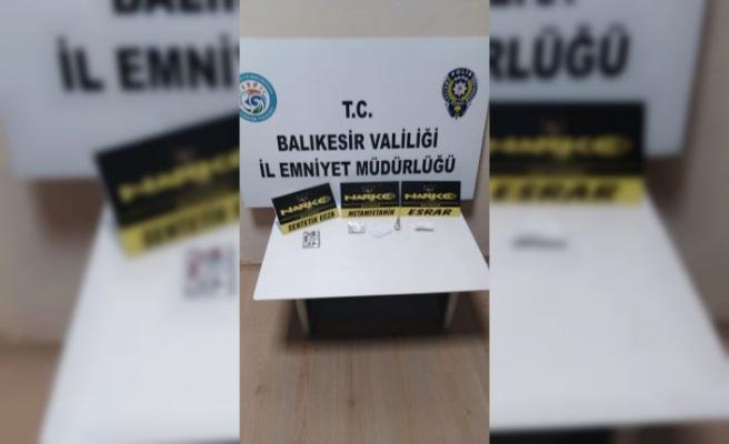 Balıkesir'de uyuşturucu operasyonlarında 2 zanlı tutuklandı